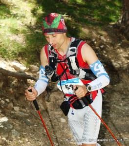 Gran Trail Peñalara 2013: Mikel Leal peleando en el Camino Schmidt.