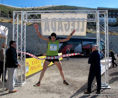 Cross Cuerda Larga 2013: Eliseo Bodelón entra campeón en un excelente tiempo de 1h51m.