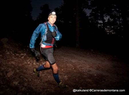Guadarrama Trail Race: luis Sola bajando hacia Cercedilla desde Peñota. Foto @kaikuland