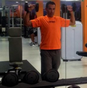 entrenamiento trail running Ejercicio Deltoides