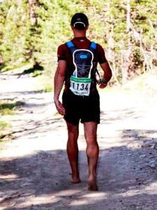 Nano Pies negros en el Trail Peñalara 60k del 2013, completado descalzo íntegro.