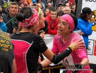 Maite Maiora La Sportiva en meta Zegama. Foto mayayo