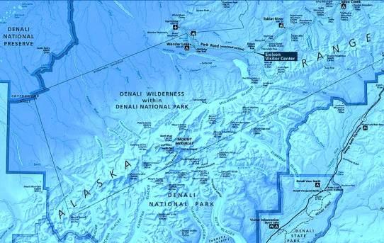 Parque Nacional Denali, con el McKinley (Denali) en su centro.