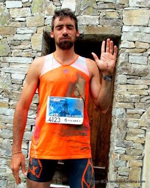 """""""Qué duro es esto de correr por el monte..."""" Luis Alberto en meta Matterhorn Ultraks tras caídas. Foto: Mayayo."""