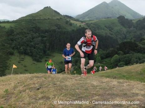 Zumaia Flysch Trail: Una dura carrera de montaña, al borde del mar.