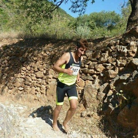 Barefoot running, correr descalzo por placer. Foto: karim el hayani