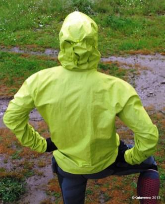 59-chaquetas gore haglofs gram comp pull trail running (77)