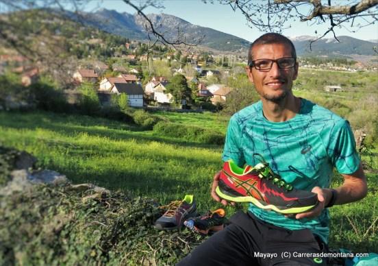 Las Asics Fuji Endurace calzarán a Pablo en Chamonix. Foto: Mayayo.