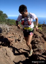sage canaday en transvulcania 2013 con scott running y ultimate direction 6