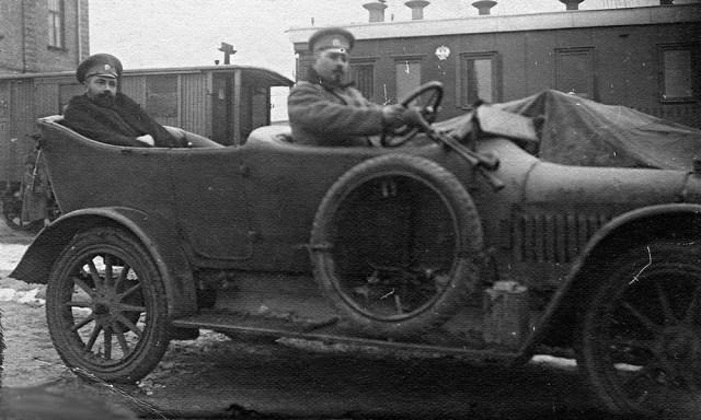 1914 Руссо-балт Е 15/35 торпедо в Красноярске.
