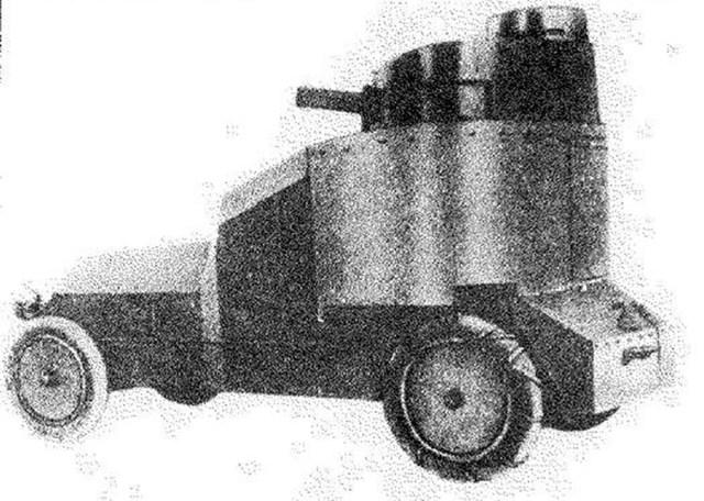 1915. Броневик конструкции штабс-капитана Мгеброва на базе Пирс-Эрроу.