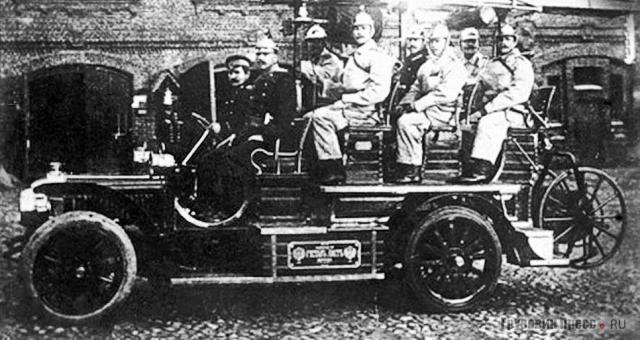 1908. Автомобиль-линейка Gaggenau D 28 36 PS с пожарным оборудованием завода «Густав Лист». Москва.