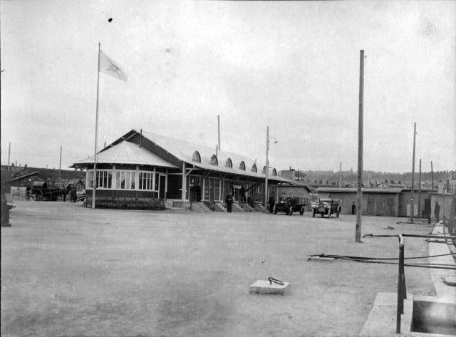 1916. Locomobile и Packard. Сатакундская флотилия Гвардейского экипажа.