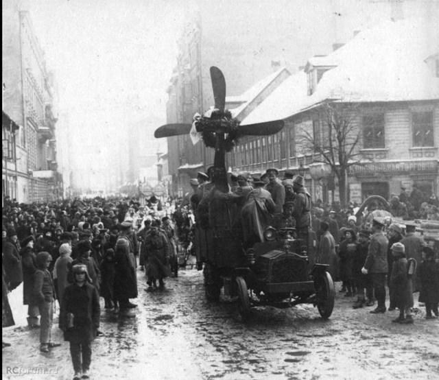 1917. Похороны русского авиатора. Ревель.