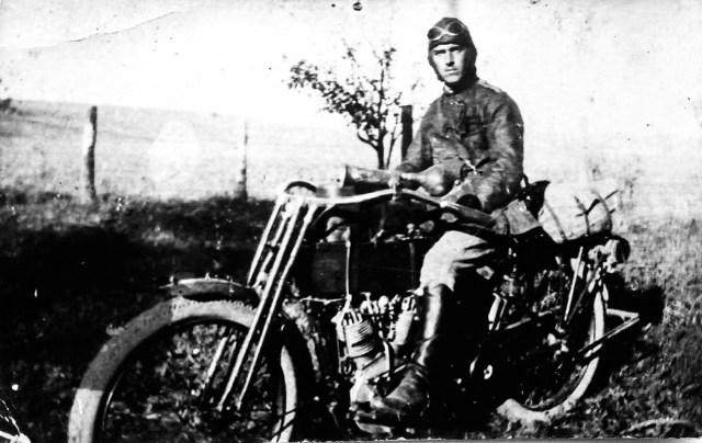 1915-1916. Мотоцикл Harley-Davidson в Русской Императорской Армии.