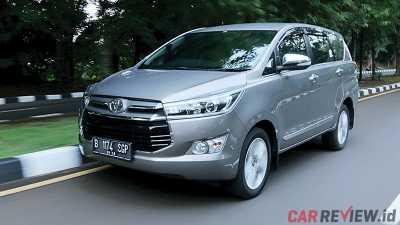 all new kijang innova diesel vs bensin harga grand avanza di makassar versus toyota 2 4 q v m t a