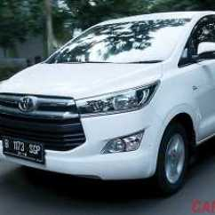 Perbedaan All New Kijang Innova Tipe G Dan V Keluhan Grand Veloz Versus Toyota 2 4 Q Diesel Vs M T Bensin