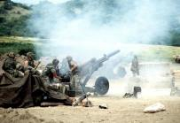 Howitzers during Urgent Fury.