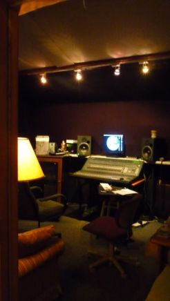 inside-barn-recording-studio