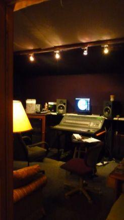 inside-barn-recording-studio