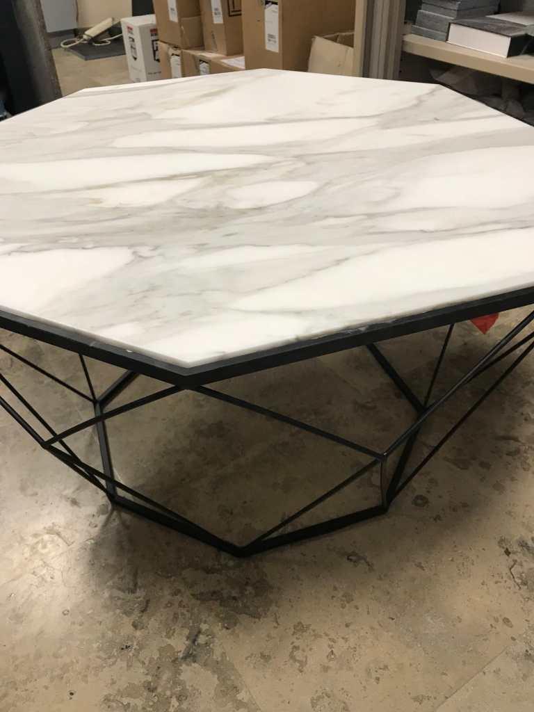 table marbre Blanc Statuaire