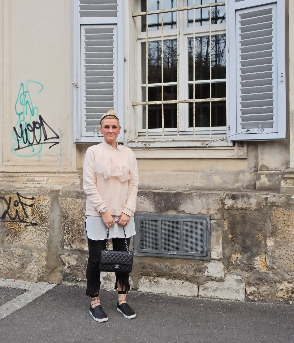 Nude Volant Sweater, Fringed Jeans, Chanel Bag, Fashion Socks