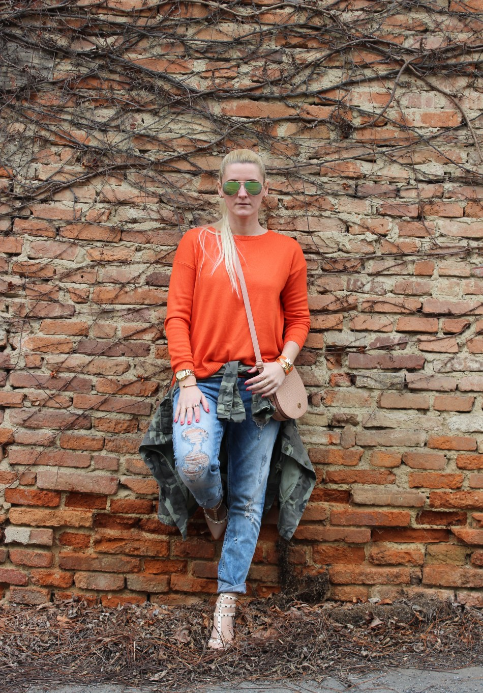 Valentino Rockstuds-Hermes-Bracelet-Denim-Army-Green-Carrera-Sunglasses-carrieslifestyle