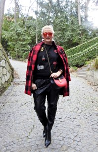 Winterjacken-Winter-Coats-Leoprint-Karo-Red-Fake-Fur-carrieslifestyle-Tamara-Prutsch-Trends-2017-Wenz