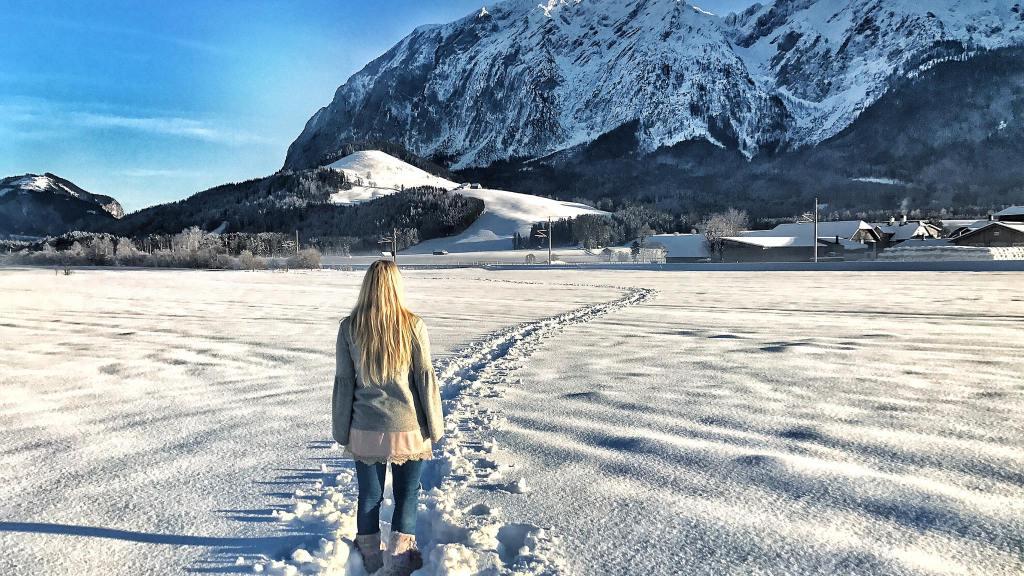 Winter-Austria-Salzkammergut-Schnee-Advent-Weihnachtsmarkt-Reisebericht-Tamara-Prutsch-carrieslifestyle