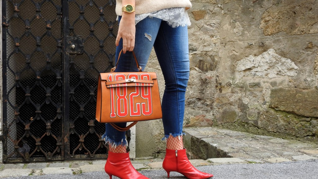 Red-Booties-Bag-Romwe-Fishnet-Stockings-Denim-Fringes-Beige-carrieslifestyle-Tamara-Prutsch-Neujahrsvorsätze
