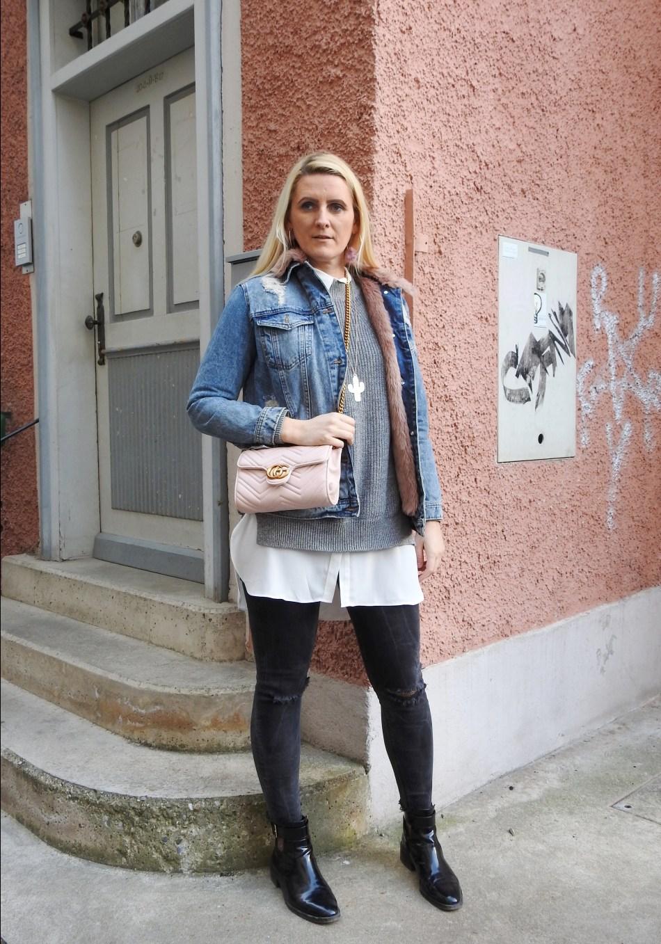 carrieslifestyle-Tamara-Prutsch-Shopaholic-Gucci-Bag-Denim-Boots-Fishnet-Stockings-Fakefur-Jeansjacke-Grey-Sweater
