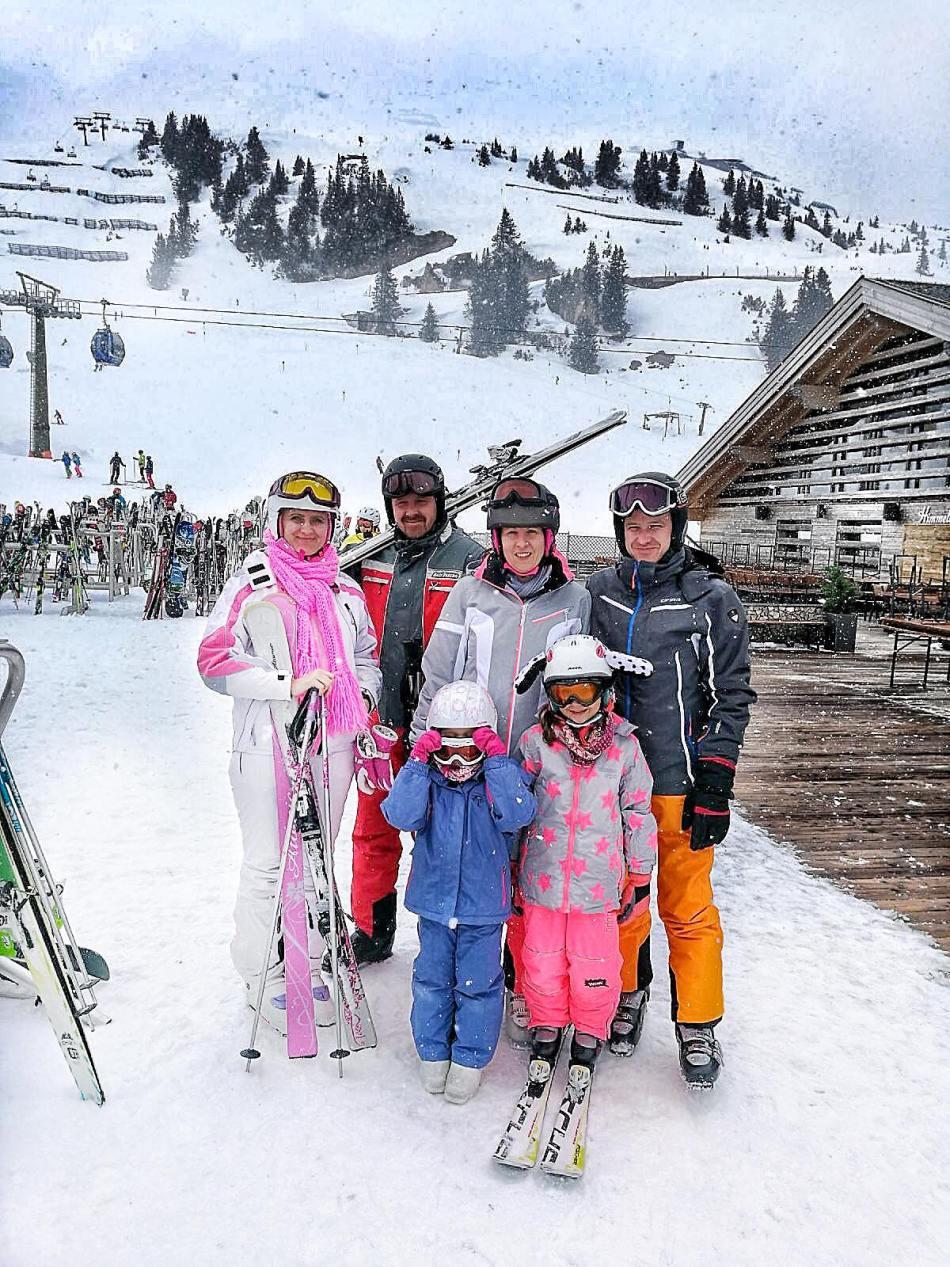 Winter-Wonderland-Snow-Schnee-Berge-Mountains-Explore-Austria-Reiseblog-Travelblog-Reisebericht-Tirol-Sankt-Anton-am-Arlberg-carrieslifestyle-Tamara-Prutsch