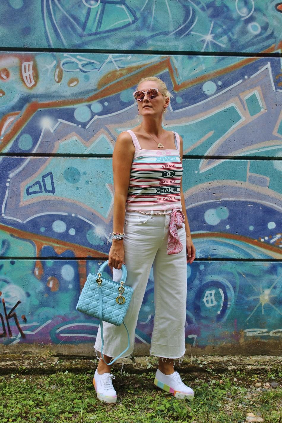 Culottes-Palazzojeans-Superga-Plateau-Sneakers-Rainbow-Dior-MissDior-Bag-carrieslifestyle-Tamara-Prutsch
