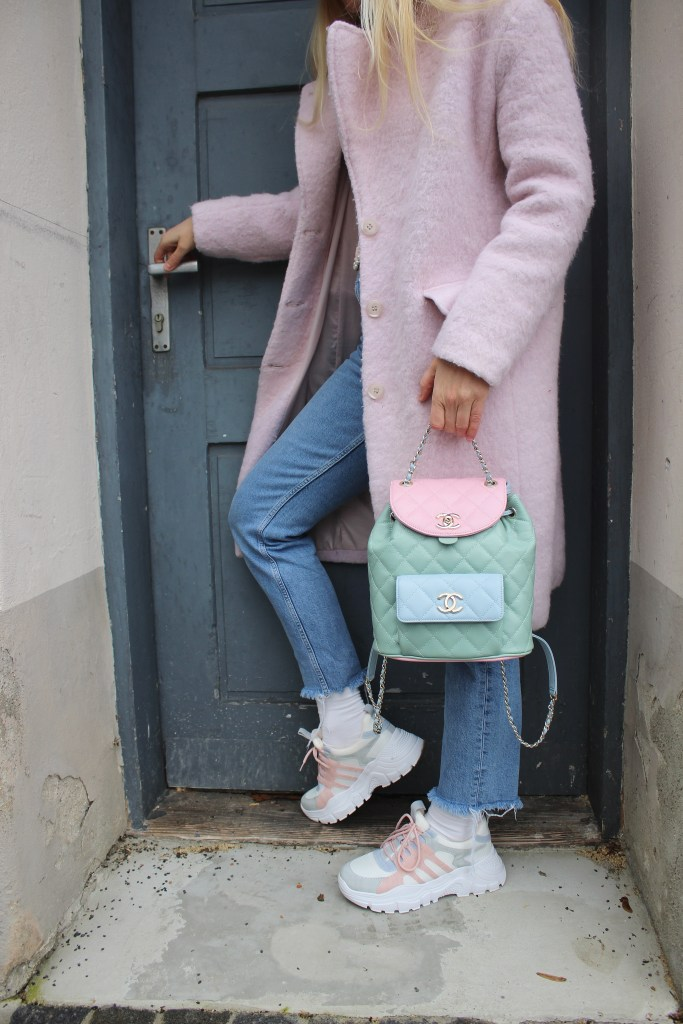 Spring VIbes CCC Shoes and Bags-Sneakers Pastellfarben-carrieslifestyle-Frühlingslooks-Frühlingstrends