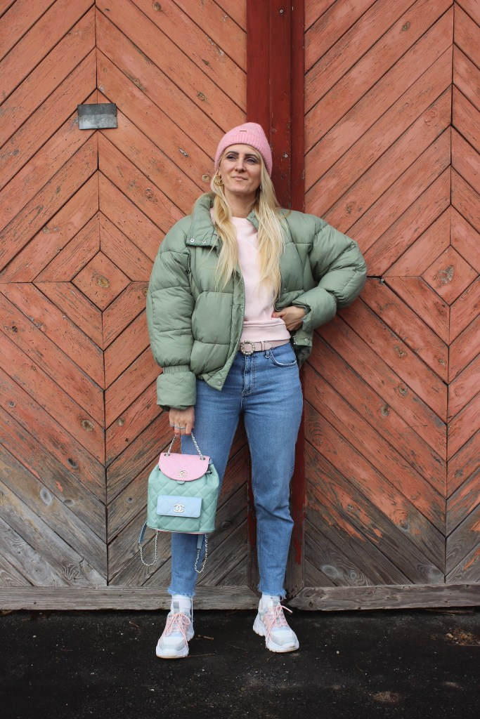 Springfashion-Springlooks-Frühlingstrends 2021-Mintgrün-Sneakers Jenny Fairy CCC Shoes & Bags-Denim-carrieslifestyle-TAmara Prutsch