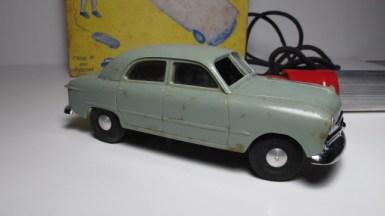 1949FordRemoteCarinBox12