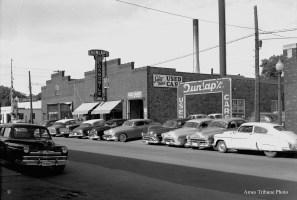28_1953-06-dunlap_motors_c