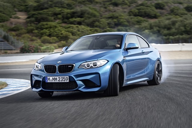 P90199694_highRes_the-new-bmw-m2-10-20 (1492 x 993)