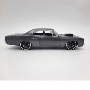 Plymouth Road Runner gris con cofre negro