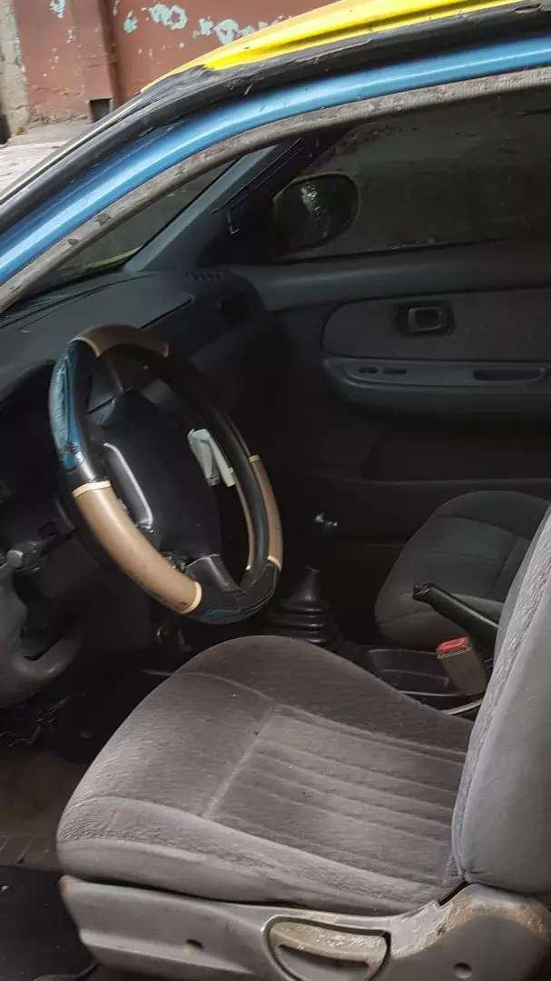 Vendo Nissan sentra 98 $2,000 año 1998