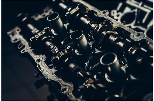V8 vs. V6: Worth the Upgrade? | U.S. News & World Report