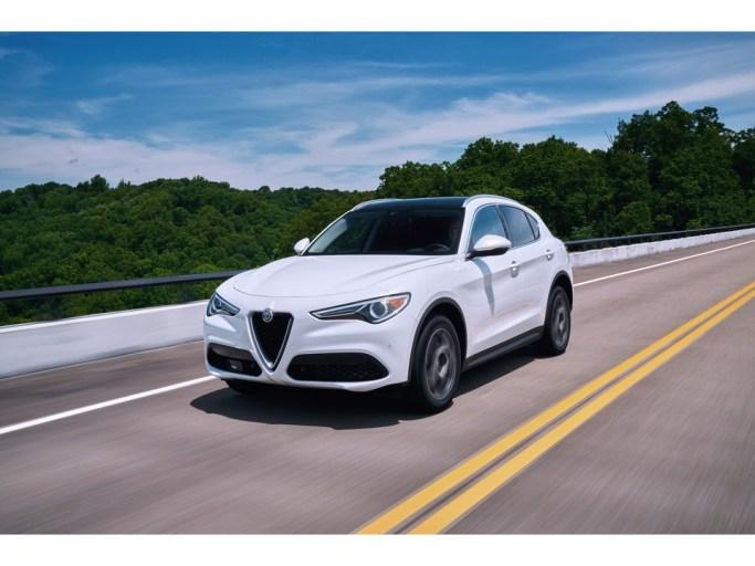 2019 Alfa Romeo Stelvio: 2019 Alfa Romeo Stelvio 1
