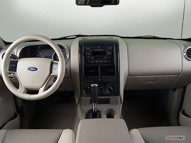 2004 Fx4 Fuse Diagram 2007 Ford Explorer 4wd 4dr V6 Xlt Specs And Features U S