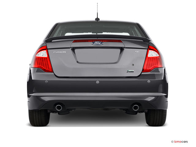 2010 ford fusion pictures rear view