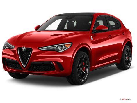2019 Alfa Romeo Stelvio: Angular Front