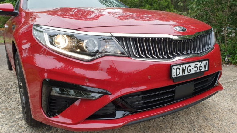 optima - 2019 Kia Optima Si headlight - Forgotten Optima won't break the bank