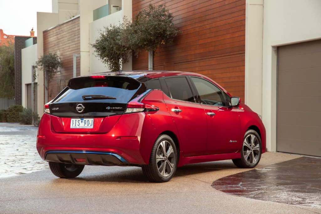 leaf - New Nissan LEAF 06 - Latest LEAF fun, but what about the price?