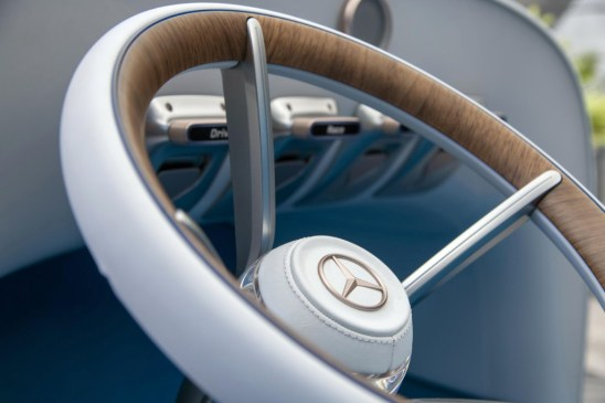 vision - Vision Mercedes Simplex 05 - Vision pays homage to first modern car