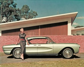 biscayne - 1955 Chevrolet Biscayne 03 - Biscayne escaped the crusher, but only just