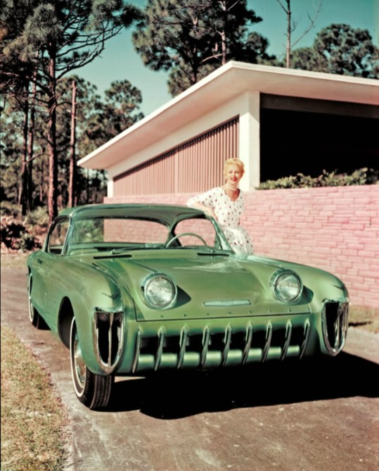 biscayne - 1955 Chevrolet Biscayne 05 - Biscayne escaped the crusher, but only just